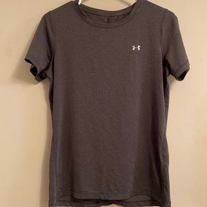 Woman's Under Armour Shirt